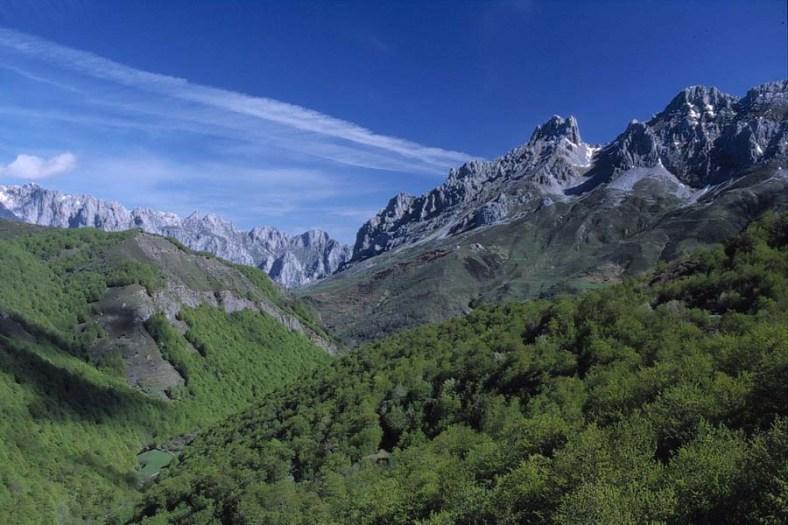 Romania-Carpathian-Mountains